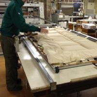 寝具の工場チェック